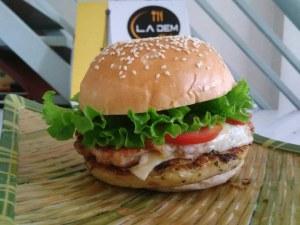 Burger gà Teriyaki