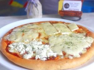 Pizza 4 phô mai
